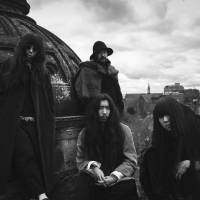 London called: England-based Bo Ningen is made up of (front row, from left) Yuki Tsujii, Kohhei Matsuda, Taigen Kawabe and (in the back) Akihide 'Mon-chan' Monna. The band is doing a string of joint shows this month with acts such as Mouse on the Keys, Tricot and D.A.N.