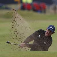 Stenson takes lead away from Mickelson in third round