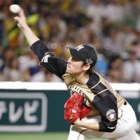 In-control Takanashi guides Fighters to eighth consecutive victory