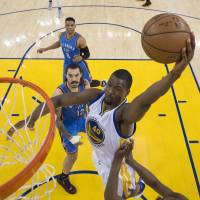 Mavericks setting sights on Barnes