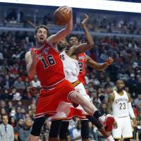 Spurs sign star forward Pau Gasol