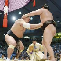 Harumafuji captures title at Nagoya Basho