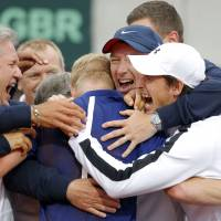 Britain wins without Murray in Davis Cup
