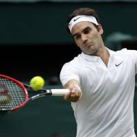 Federer to miss Olympics, end season to protect ailing knee