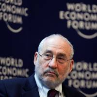 Nobel winner Stiglitz quits Panama Papers probe, citing lack of transparency