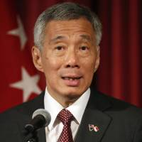 Singapore's Lee says U.S. credibility on the line over TPP trade agreement