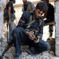 Over 2 million at risk of siege in Syria's Aleppo: U.N.