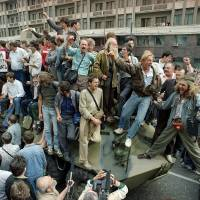 Russia marks 25 years since failed Soviet coup