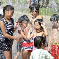Hundreds taken to hospitals as heat wave hovers over Japan