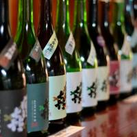 Sake is likely to be exempt from the liquor tax for foreign tourists as part of efforts to boost regional economies, according to Japan Tourism Agency officials. | ISTOCK