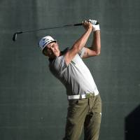 Fowler eyes victory, Ryder Cup spot