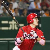 Kikuchi, Maru ignite pennant-chasing Carp in comeback victory over Giants