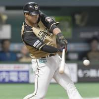 Fighters' Nakata hammers Hawks with four-hit performance