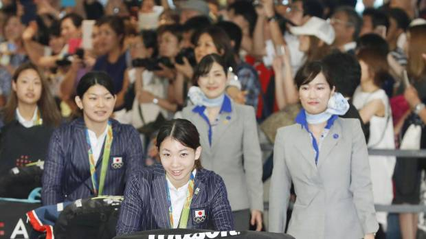 Japanese medalists thank fans, look ahead to 2020