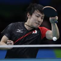 Niwa defeats Hong Kong's Wong to keep medal hopes alive