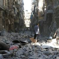Syrian troops advance in Aleppo amid war's heaviest bombing