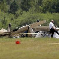 Three killed as two planes collide while apparently trying to land at rural Georgia airport