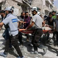Kerry calls for Russia, Syria to ground warplanes to salvage truce