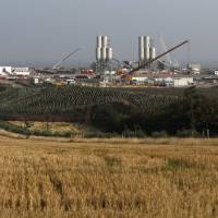 U.K. approves stalled Chinese-funded nuclear power plant deal