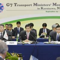 G-7 transport chiefs vow to take lead in promoting self-driving cars