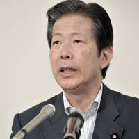 Komeito's Yamaguchi wins fifth term as party chief, looks to constitutional change