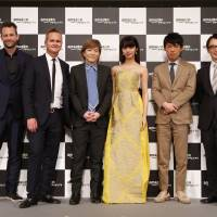 Cast members and the production team of 'Invisible Tokyo' pose for a photo. | ©AMAZON PRIME VIDEO