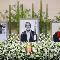 Two of Japan's pacifist voices go silent