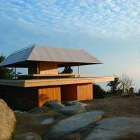 Miyajima Misen Observatory (2013, N.b. Special permission was obtained to take this architectural photograph, so it may differ slightly from the present situation) | © SAMBUICHI ARCHITECTS