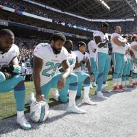 More NFL players protest during U.S. national anthem