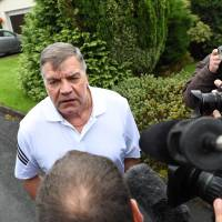 Regretful Allardyce says entrapment led to England exit