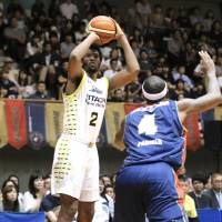 Sunrockers storm past B-Corsairs in pivotal fourth quarter