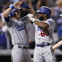 Dodgers' Toles slugs winning slam in 9th