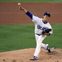 Maeda collects 14th win in rout of D-Backs