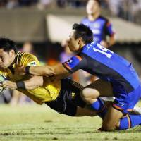 Suntory whips Panasonic in Top League showdown
