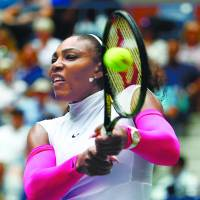 Serena breaks record with win over Larsson