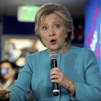 GOP strategists see smooth sailing for Clinton before polls amid Trump meltdown
