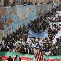 Colombians take to streets again to support peace deal