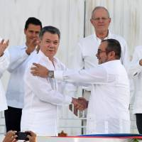 Colombian government, FARC top Nobel Peace Prize list