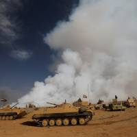 Sulphur cloud from IS-torched Iraq plant kills two civilians