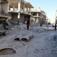 Russia warns U.S. against attacking Syrian forces