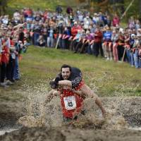 Maine couple win wife-carrying competition