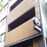 First Cabin Tsukiji in Tokyo's Chuo Ward, a budget hotel renovated by Japanese property developer B-lot Co., is now owned by a Hong Kong investor. | KYODO