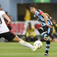 Kengo Nakamura is looking to lead Kawasaki Frontale to their first J. League title, 13 years after making his debut for the club. | KYODO