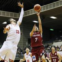 Brave Thunders star Fazekas nails three late free throws to sink Grouses