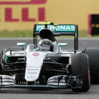 Nico Rosberg competes during Sunday's Japanese Grand Prix in Suzuka, Mie Prefecture. | AFP-JIJI