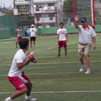 Quarterback guru Knapp brings message to Japan
