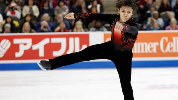 Rising force Uno dazzles in victory at Skate America