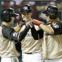 The Fighters head into the Japan Series with an opportunity to become the fourth straight champion from the PL. | KYODO