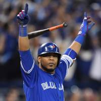 Encarnacion ends thriller with walk-off homer in 11th