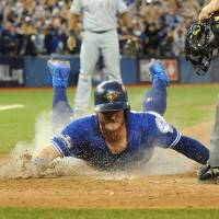Blue Jays sweep Rangers in AL Division Series